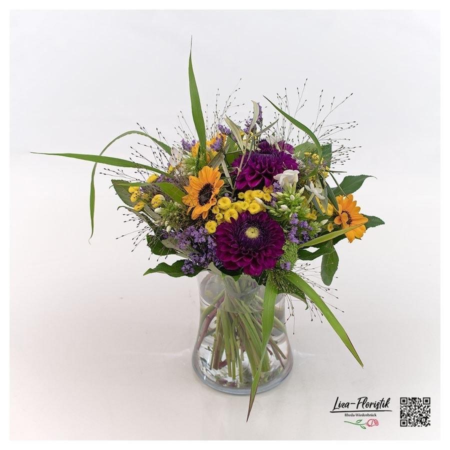 Blumenstrauß mit Sonnenblumen, Dahlien, Phlox, Fonataine, Matricaria, Ami und Statice