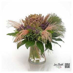 Blumenstrauß mit Artischocke, Statize, und Ami Majus