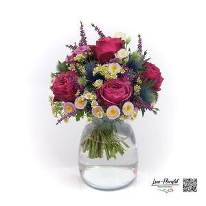 Blumenstrauß mit Rose, Aster und Lisianthus
