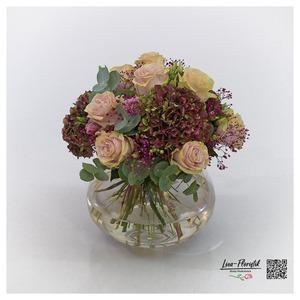 Blumenstrauß mit Ecuador Rosen Pink Mondial, Eukalyptus, Lisianthus und französischen Hortensien