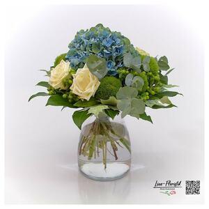 Blumenstrauß mit französischer Hortensie und Ecuador Rosen