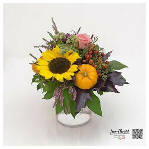 Blumenstrauß mit Sonnenblume, Ecuador Rose und Kürbis