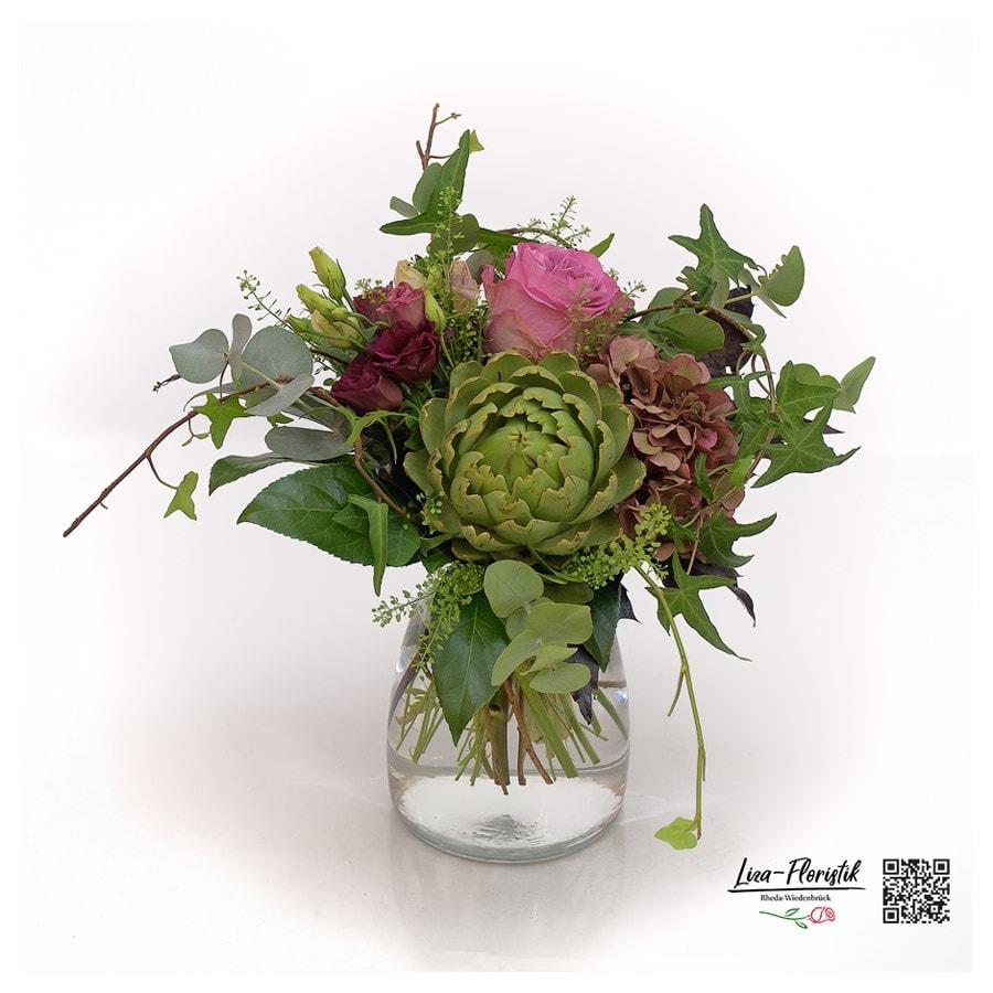 Blumenstrauß mit rosa Ecuador Rose, Hortensien, Artischocke, Lisianthus und Eukalyptus