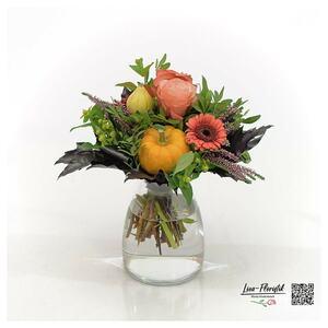 Blumenstrauß mit Ecuador Rosen, Kürbis, Gerber, Hyperikum, Calune und Eichenlaub