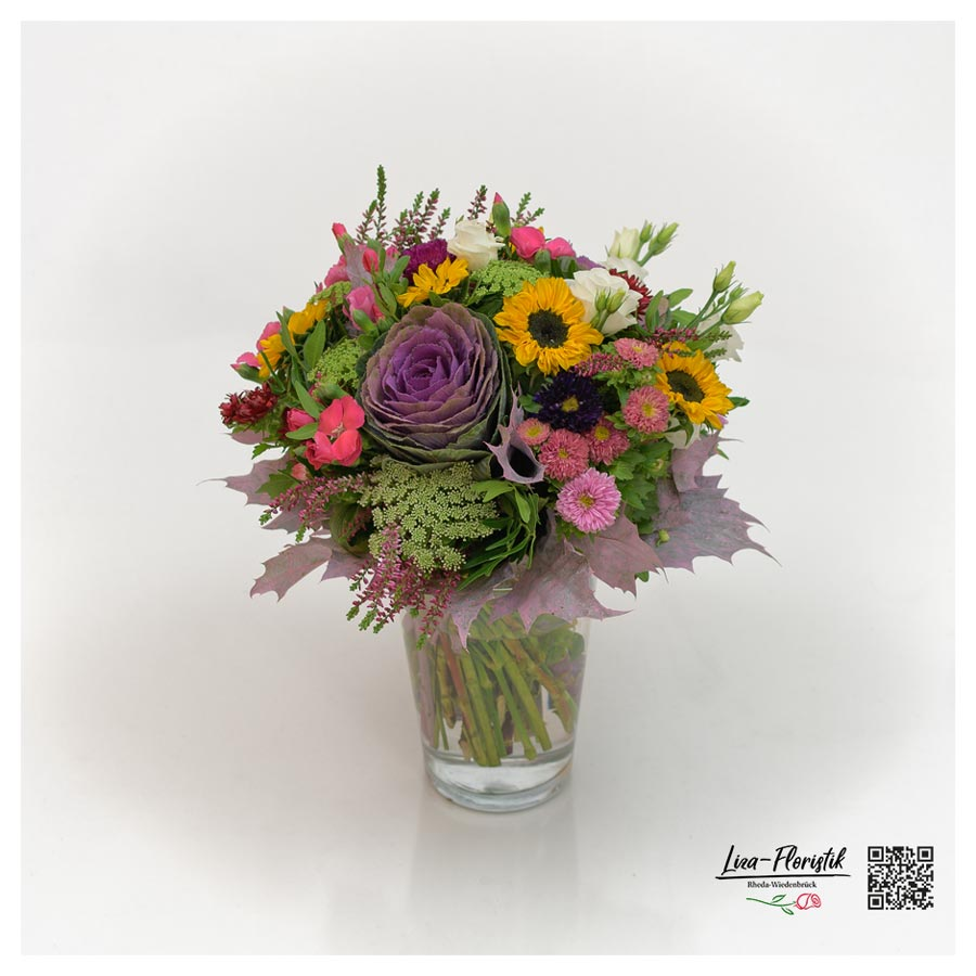 Blumenstrauß mit Mininelken, Sonnenblumen und Calune