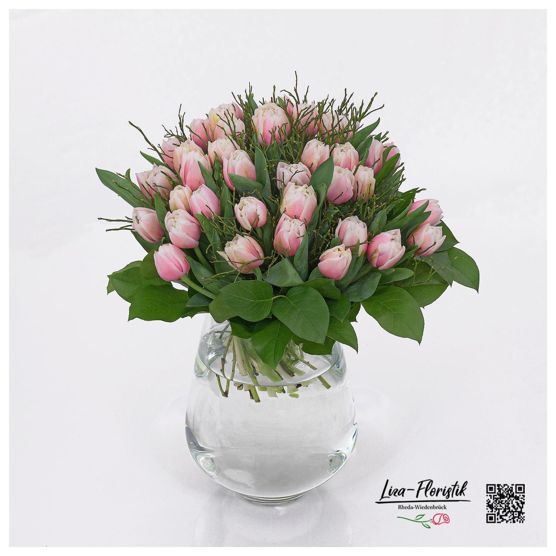 Blumenstrauß mit rosa/weissen Tulpen
